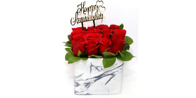 Anniversary Special- Red Roses