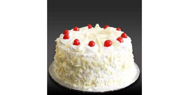White Forest Cake (1/2 Kg)