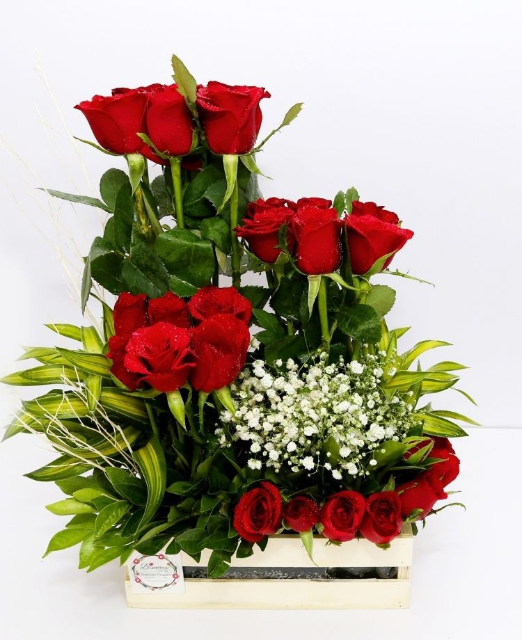 Bunch of Love - Red Roses Layer Bouquet