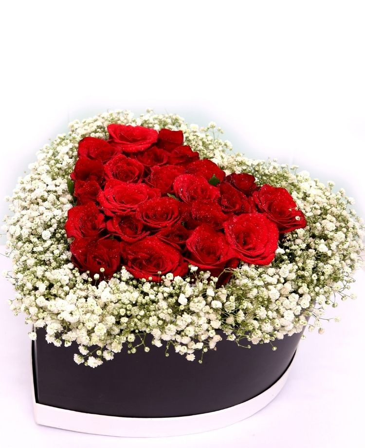 Love in Box - Red Roses Premium Box Bouquet