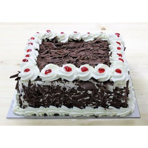 Black forest cake Square  (1/2 Kg)