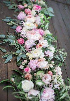 Table Runner for Floral Decoration