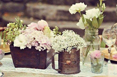 How to Make Vintage Flower Arrangements