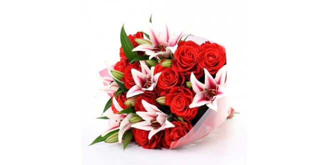 lilies and rose flower bouquet