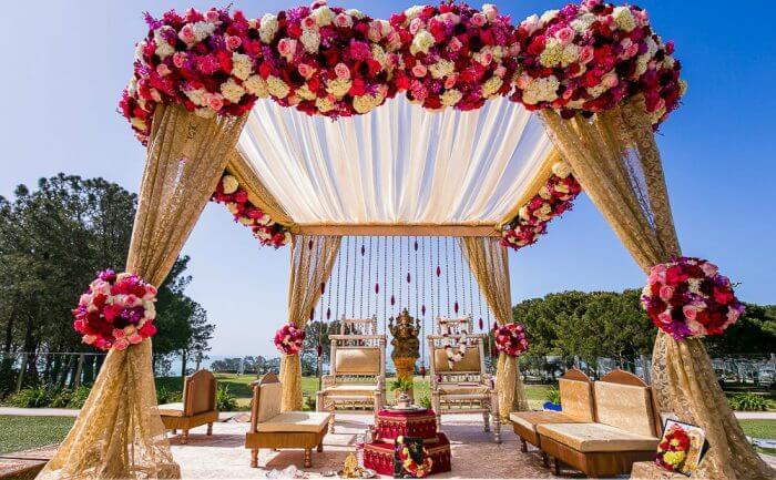 gorgeous wedding mandap